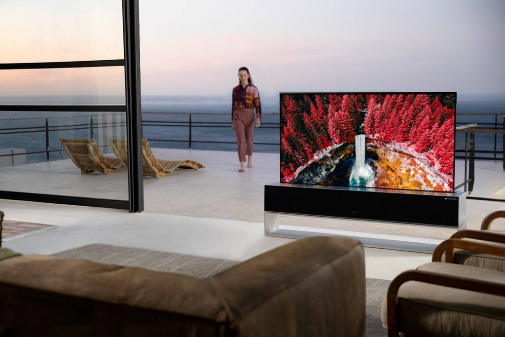 World's first rollable TV, LG SIGNATURE OLED R available now in the UAE